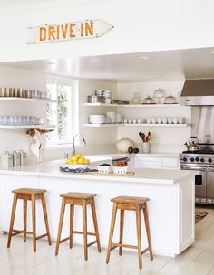 11 Expert Tips for Renovating Your Kitchen on a Budget via @mydomaine