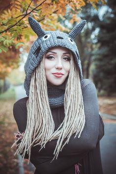 Crochet Hood, Crochet Diy, Crochet Amigurumi, Crochet Cross, Crochet Woman, Crochet Baby Hats, Crochet Geek, Crochet Clothes, Knitted Hats