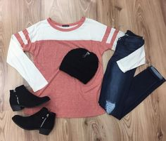IVory/rust Colorblock top. Lightweight. Loving these colors and look for a casual fall day! Fits true to size. Small 2/4, Medium 6/8, Large 10/12 Questions abou