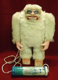 Yeti ( vintge / retro abominable snow monster toy monster )