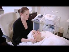 The Joanna Vargas Forever Facial - Collagen Building Radio Frequency Tec...