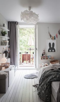 Loving the playful details in this childs room Basement Bedrooms, Kids Bedroom, Bedroom Ideas, Comfortable Pillows, Kid Spaces, Kids Decor, Room Inspiration, Playroom, Room Decor
