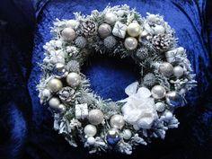 Couronnes de l'Avent, Belle couronne de Noël modèle unique fait main est une…