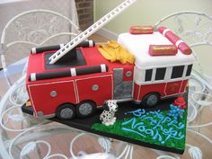 cool firetruck....i like the water and the hose, the black windows and details