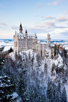 Neuschwanstein Castle it almost blends with the snow
