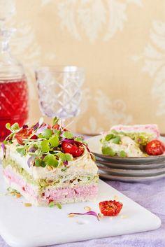 Kasvisvoileipäkakku Cake Sandwich, Sandwiches, Vegan Party Food, Vegan Food, Swedish Recipes, Catering Food, Delicious Vegan Recipes, Vegan Baking, Savoury Cake