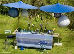 #deco #table #jardin #parasol #bleu