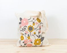 Tote bag with original illustration by Depeapa. Limited edition.  Flowers is screen-printed on 100% cotton tote bag. 140gr/m2.  Size:  37cmW x 41cmH