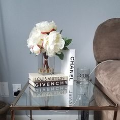 Decorative books only (vase with flowers are not included)! Super large hardcover books Handmade vinyl covers and logos Size first book Size second book Only 2 sets available in this sizes Feel free to ask me any questions I will be happy to assist you! Chanel Book Decor, Chanel Room, Living Room Decor, Bedroom Decor, Glamour Decor, Piece A Vivre, Decorating Coffee Tables, Decoration Table, Fashion Books