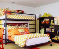For an older kid sharing a bedroom with a younger sibling, this is the perfect set-up. (Photo from kidspacestuff.com)