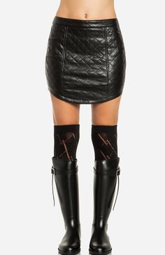 DailyLook: Quilted Leatherette Skirt