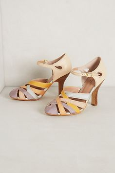 Domino Heels #anthropologie miss Albright the front screams 30's the heel not so much