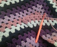 #crochet#knitting#häkeln#diy#doityourself#selfmade#handmade#handarbeit#crafting#handicraft#work#wolle#wool#yarn#hobby#freizeit#hooker#crochetersofinstagram#häkelliebe#scarf#shawl#schal#tuch#triangle#spring#frühling#colourful#farbenfroh by glenveagh_