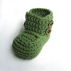 super cute crochet baby booties