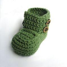 super cute crochet baby booties