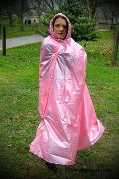 Výsledok vyhľadávania obrázkov pre dopyt naked adele in raincoats