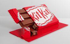 Kit Kat Just Created Its Own Unofficial Lego Set, and It's Awesome – Adweek Lego Sets, Bolo Lego, Lego Hacks, Lego Food, Van Lego, Lego Disney Princess, Princess Zelda, Fanta, Lego Sculptures