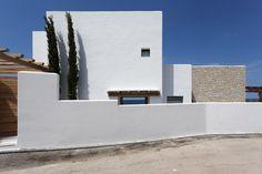 Gallery of Driessen House / Antonio Altarriba Arquitecto - 1
