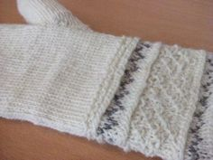 Knit Buddies: mittens