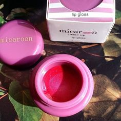Introducing #Princess our #NEW lipgloss in stunning sparkly fuchsia pink! Get yours on shop.micaroon.com