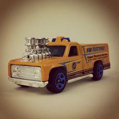 #115 - Rescue Ranger - 2010 Hot Wheels - HW City - City Works - #hotwheels | #diecast | #toys