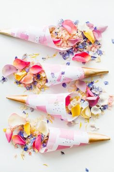 Get your free printable abstract confetti come in collaboration with Shropshire Petals, the natural confetti company.: