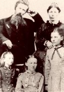 PrairieFans.com - Your complete guide for everything related to Laura Ingalls Wilder's Little House On The Prairie.