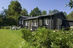 Fra nedslidt helårsbolig til lyst og hyggeligt sommerhus, hvor selv vinteren føles lun