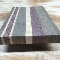 Fantastic end grain cutting board made with hard maple walnut and purple heart wood. - Cutting Board - Ideas of Cutting Board End Grain Cutting Board, Diy Cutting Board, Wood Cutting Boards, Woodworking Furniture, Fine Woodworking, Woodworking Projects, Woodworking Patterns, Woodworking Workshop, Woodworking Techniques