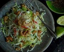 Recept: Zomerse wintersalade van kool en cashewnoten | Minke Graafland | ZOOK.nl