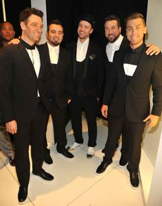 Last night: | These Pictures Of NSYNC Reunited Back Stage Will Basically Make You Die