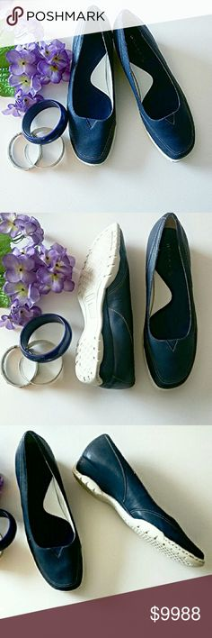 NEW! Slip On Walking & Driving Flat Top stitched in white, blue walking shoe for the woman on the go and on her feet. Buttery soft genuine leather. Gusseted w/a triangle of elastic top of foot for a more accommodating fit.  Easy slip on with traction soles, top stitched in back, reinforcing the driver's heel protection. Cushioned insole. Pre-loved w/ name on insole partially readable. **Ask questions b4 U Buy!** Naturalizer Shoes Flats & Loafers