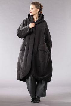 Oska- Coat Andoena $1,019
