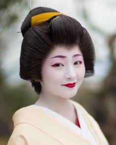 祇園 芸妓 紗月ちゃん