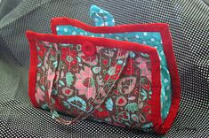 Forever Always Online: Christmas Gift Giving - TUTORIAL QUILTED MUG BAG