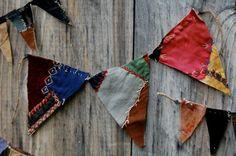 embroidery is so folksy. love it. bunting by enhabiten