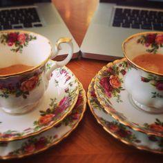 La mia Prima Follower !! Dobbiamo festeggiare... con un caffè !