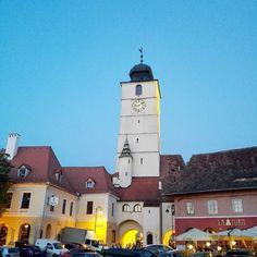 Simply Sibiu this jewel of a town I call home  #Sibiu #Romania #Transylvania #Europe #dusk #clock #tower #oldtown #travel #travelgram #instatravel #Sunday #relax #awesome #great #amazing #nice #beautiful #gateway #medieval #bluesky #blue #colours #SmallSquare #letsgosomewhere #passportready #ILoveToTravel #traveler #visit