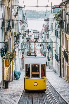 15 Wonderful Cities in Portugal to Visit in This Year Portugal Travel, Spain And Portugal, Cool Countries, Countries Of The World, Europe Destinations, Holland Strand, Cool Places To Visit, Places To Go, Hotel Am Strand