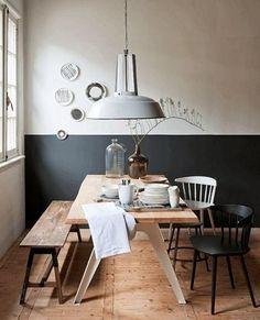 Salle à manger soubassement peint en gris anthracite