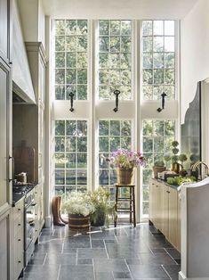 Küchen Design, Home Design, Interior Design, Cabin Design, Block Design, Design Ideas, Custom Home Builders, Custom Homes, Veranda Magazine
