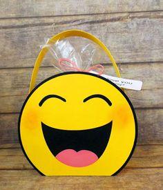 My Craft Spot: LOL emoji bag . . .