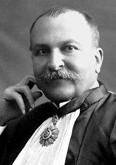 Paul Sabatier (5 novembre 1854 à Carcassonne, France - 14 août 1941 à Toulouse, France) est un chimiste français. Il est co-récipiendaire (avec Victor Grignard) du prix Nobel de chimie en 1912 « pour sa méthode d'hydrogénation des composés organiques en présence de métaux finement divisés, ce qui a permis de faire progresser considérablement la chimie organique dans les dernières années ». Il est l'auteur notamment de La Catalyse en Chimie Organique, ouvrage publié en 1913.