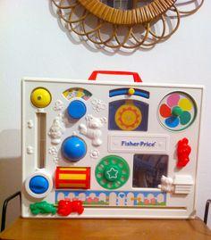 Tableau d'éveil Fisher Price vintage  #fisherPrice #vintage #toys #vintagetoys #vintagebaby  en vente ici / to sale here 20€ : https://www.facebook.com/AbscintreVintageShop