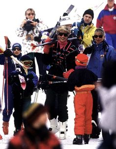 March 26-31, 1993: Prince Harry enjoys the slopes and the snow with his mom during a ski holiday in Lech, Austria.(x)