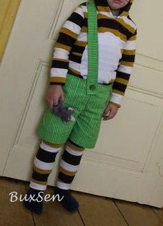 Auch auf die Gefahr hin, dass ihr langsam genug von diversen Kinder-Karnevals-Kostümen habt- eins hab ich noch! Der Mini hat sich in den K...