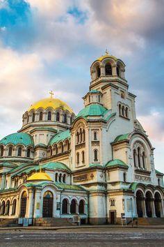 Sofía. Uno de los destinos low cost de Europa ideales para una escapada. ¿Quieres conocer los otros 4? #Sofia #Bulgaria #Viajes #Viajar #Vacaciones #Turismo