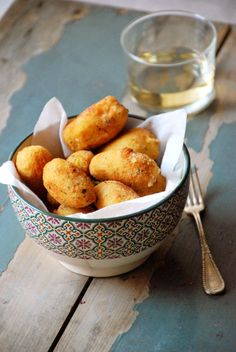 Croquetas de pollo / Chez Silvia Empanadas, Albondigas, Pretzel Bites, Potato Salad, Potatoes, Bread, Chicken, Vegetables, Ethnic Recipes