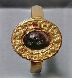 King Richard's ring. English, 15th century. possibly belonging to Richard the III (1483-85).