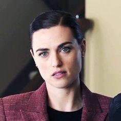 Katie Mcgrath Hot, Supergirl Season, Lena Luthor, Free Thinker, Nanami, Thomas Brodie Sangster, Disney Quotes, Batgirl, White Girls
